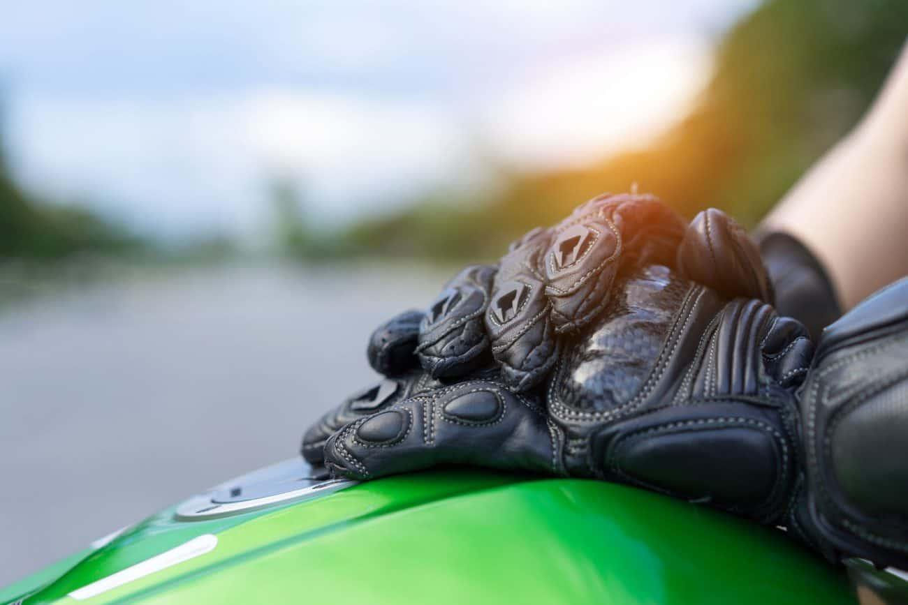 Motorradhandschuhe: Test & Empfehlungen (02/20)