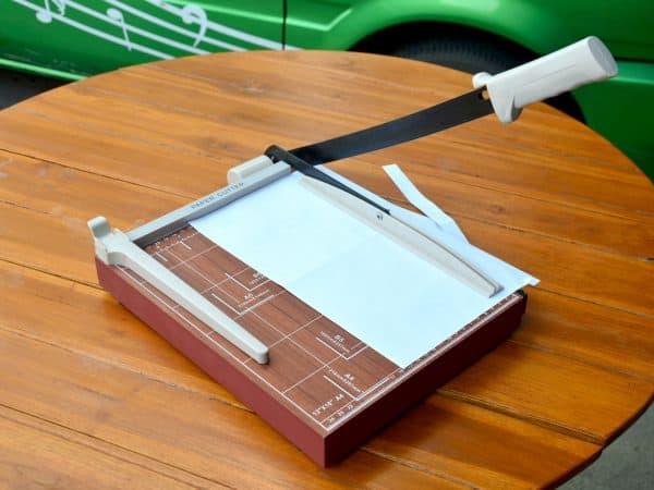 Paper Cutter cutting paper A4