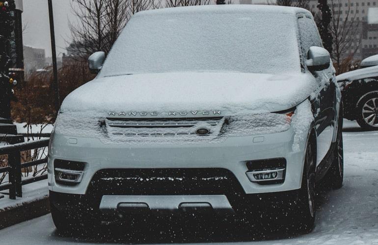 KFZ-Ladegerät Range Rover Schnee